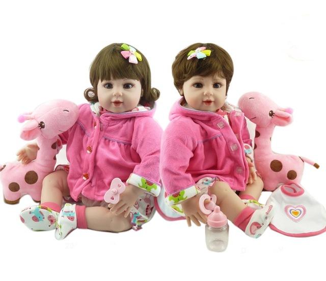 muñecas de juguete